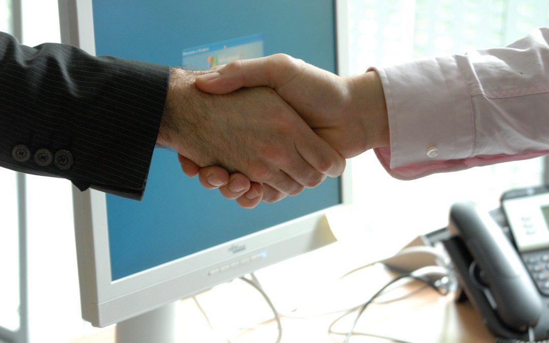 Como a tecnologia e o RH podem andar de mãos dadas em prol da empresa?